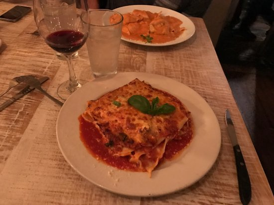 Photo of Italian Restaurant Sapori Trattoria at 2701 N Halsted St, Chicago, IL 60614, United States
