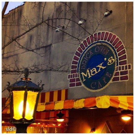 Max's Brick Oven: photo0.jpg
