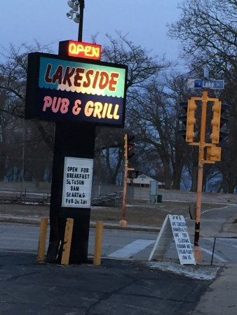 Cudahy, WI: Good bar food