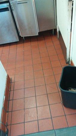 Lithonia, GA: Dirty Greasy Floor