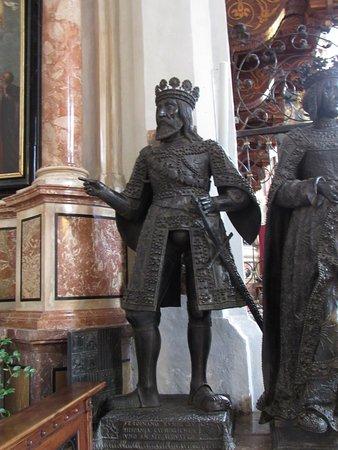 Hofkirche: Ferdinand II of Aragon