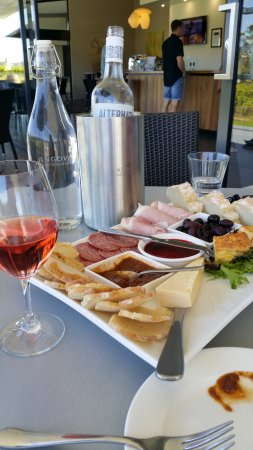 McLaren Vale, Αυστραλία: beautiful Angove platter.
