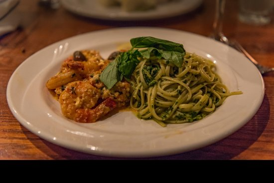 Edgewaters: Scampi with pesto