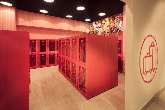 Locker Room - Picture of Rove Downtown, Dubai - TripAdvisor