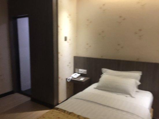 Mandarin Hotel: photo1.jpg