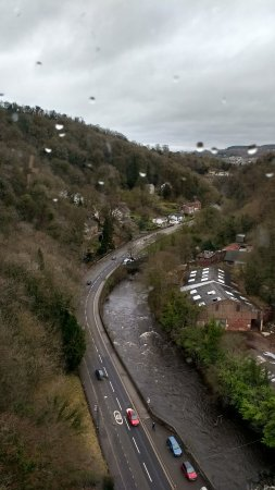 Matlock Bath, UK: Although it was showery, still great vuews
