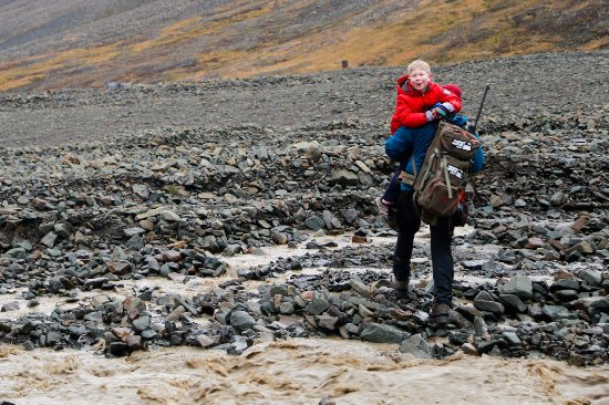 Longyearbyen, Noruega: Fossil hike to Longyearbreen with Svalbard Adventure Group