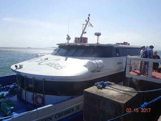 Si-Kat Bus and Ferry