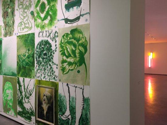 Centro de Artes Visuales Fundación Helga de Alvear: photo2.jpg