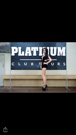 DJ TISAN, VIETNAM'S NUMBER # 1 FEMALE DJ SPINNING AT PLATINIUM CLUB