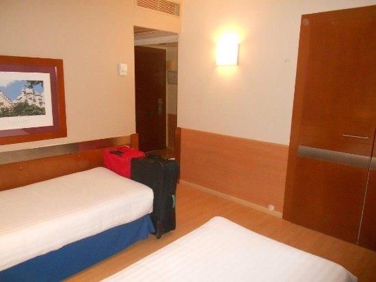 Tres Torres Atiram Hotel Bild