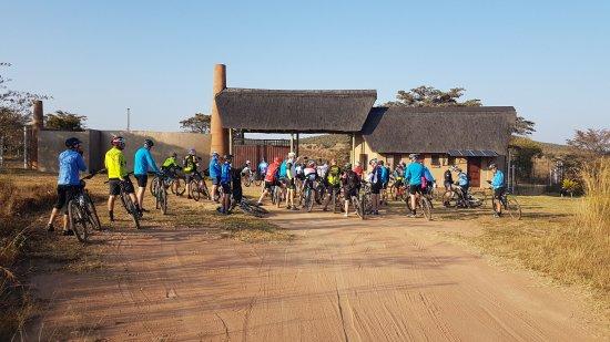 Camps Bay, Sør-Afrika:  Mountain Biking group,  Entabeni Reserve 2016