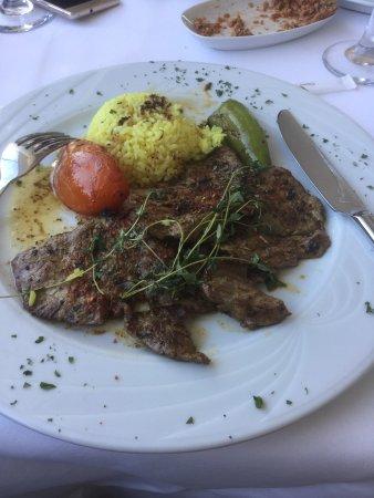 Matbah Ottoman Palace Cuisine : Itırh Bitkilerle Dinlendirilmiş Dana Kebabı