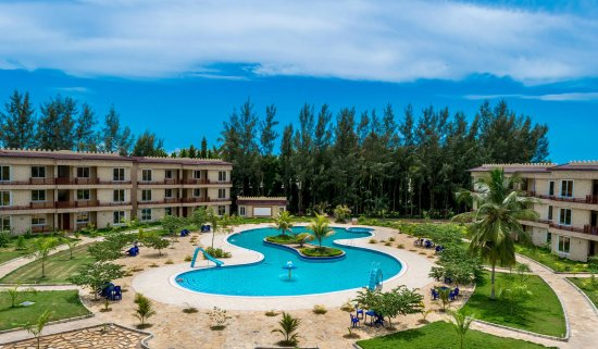 Sunrise beach resort 64 8 0 updated 2018 prices reviews dar es salaam tanzania for Swimming pools in dar es salaam