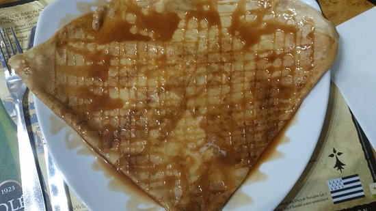 Guingamp, France: Crêpe Caramel Beurre salé