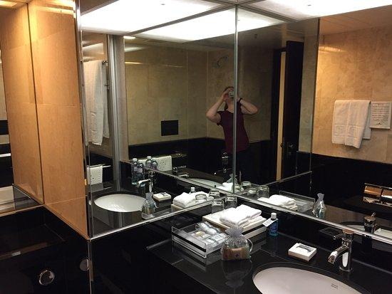 Regal Kowloon Hotel: photo1.jpg
