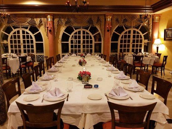 Restaurant Grand Bleu : Ma table dressée avant le début du repas
