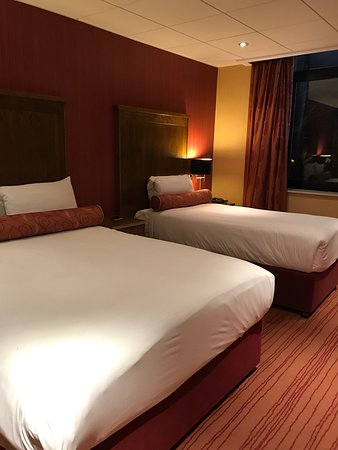 Park Avenue Hotel: photo1.jpg