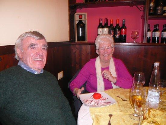 Kliko Ristorantino Da Giuseppe: Two satisfied diners