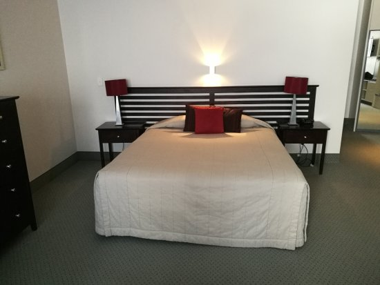 Gisborne, New Zealand: this is 2 beds put together.