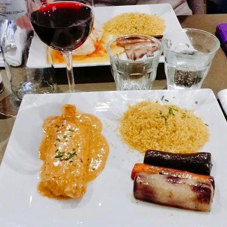 Suresnes, France: Cabillaud sauce chorizo