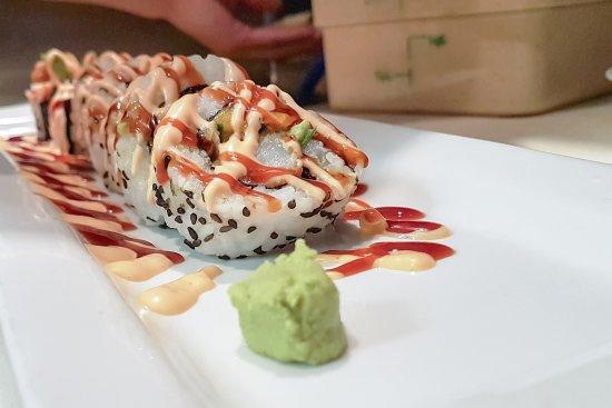 Earl's Restaurants: Dynamite rolls in the making