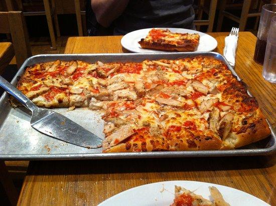 Adrienne's Pizzabar: pizza
