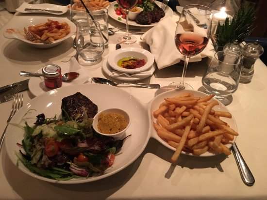 Quadro Restaurant at The Westin Dragonara Resort: photo0.jpg