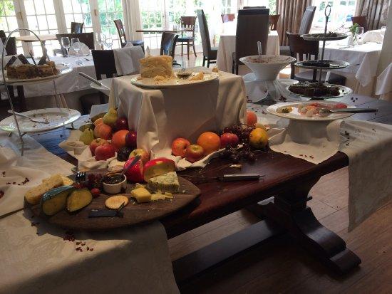 Devon Valley Hotel: Sunday buffet lunch on terrace