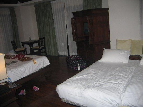 Notre chambre Deluxe villa avec piscine : 1 lit double king size + 2 ...