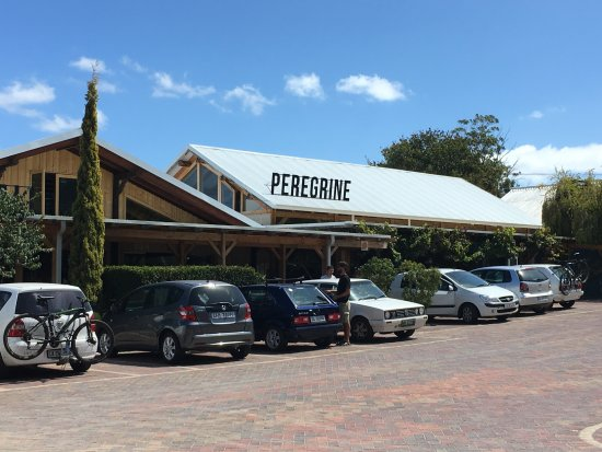 Grabouw, Güney Afrika: Front entrance Peregrine Farm Stall