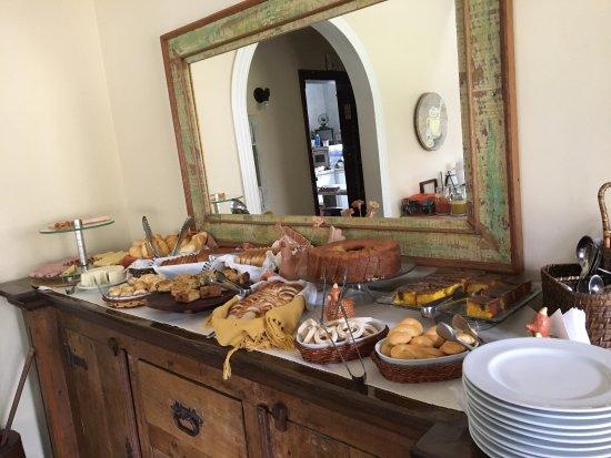 Pousada do Barão: Café da manhã espetacular... padrão MG mesmo!!!