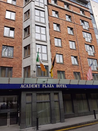 Academy Plaza Hotel: A truly great hotel