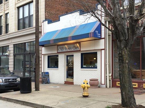 Covington, KY: Frank's Old Town Cafe