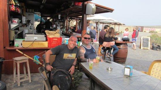 Granadilla de Abona, Spain: Un verre entre potes !
