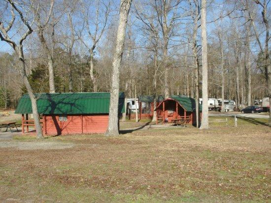 Petersburg, VA: Three of the charming log cabins.