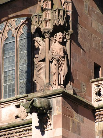 Freiburger Münster: rzeźby i gargulce