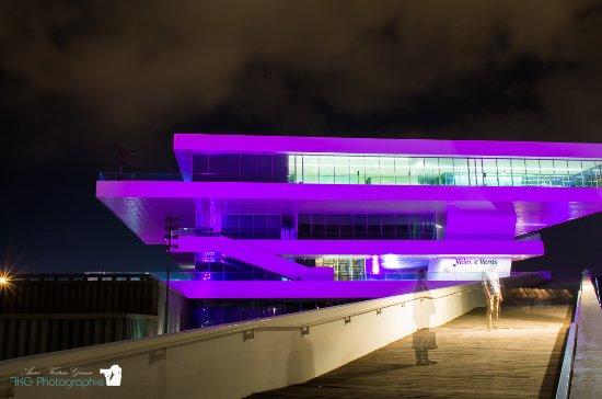 Puerto de Valencia: Veles I Vents bei Nacht