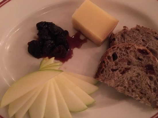Wauwatosa, WI: Evalon cheese from LaClare Farms in Wisconsin with cranberry walnut bread and cherries