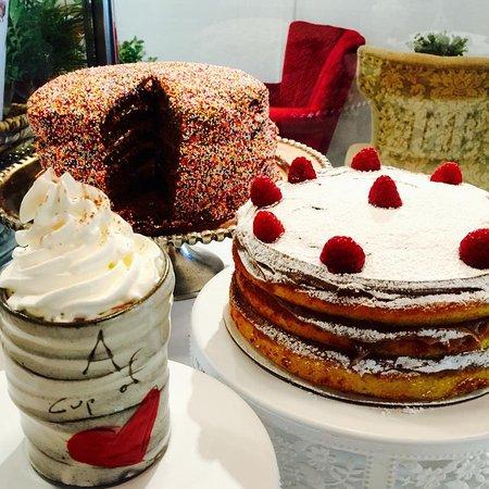 Hanover, NH: cakes