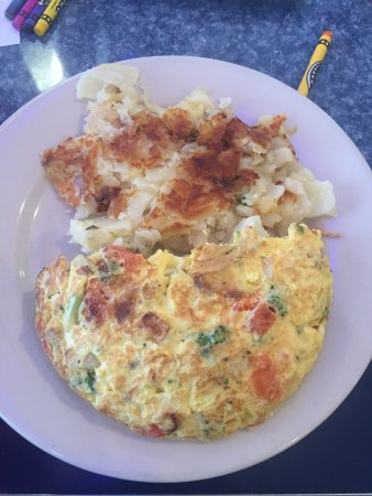 East Windsor, Nueva Jersey: Ṭomaṭina and 3 egg omelette