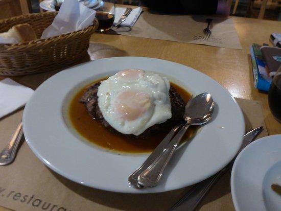 Restaurante da Associacao Agricola de São Miguel: Geilstes Burgerfleisch!