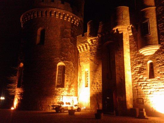 Dalhousie Castle: Medieval setting