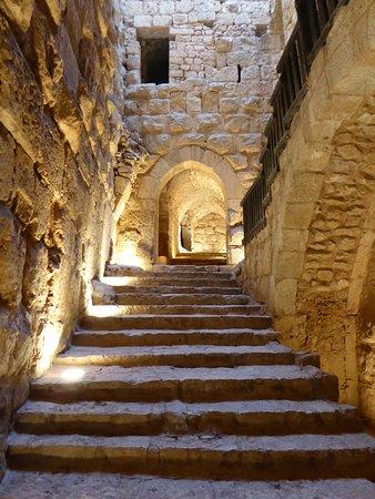 Jerash, จอร์แดน: Belle montée aux étages supérieurs