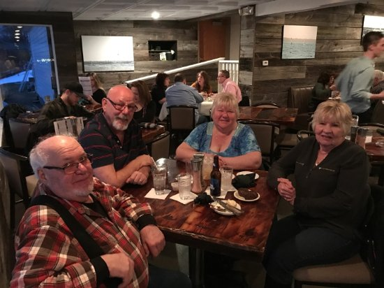 Gladstone, MI: Taking the Parents out to a wonderful dining experience