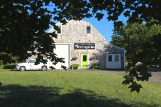 Oakland, ME: Tree Spirits winery and distillery production facility and  tasting room