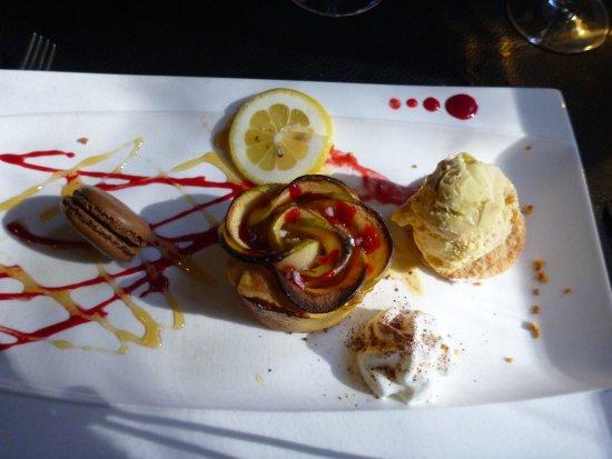 Axat, France: Dessert au nom imprononçable mais succulent - glace au citron une découverte