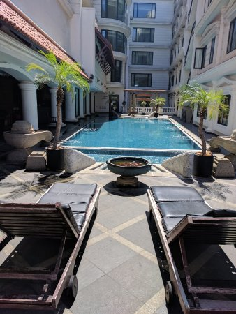 Anandha Inn Convention Centre & Suites: Pool View