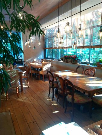 Glyfada, Grecia: Εστιατόριο Γή