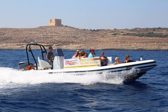 Bugibba, Malta: This is a rib and take 15 pax is good for a charter